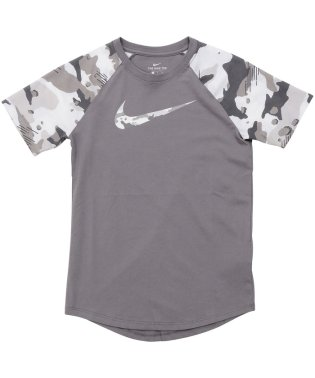 ナイキ/キッズ/ナイキ YTH カモ ラグラン Tシャツ