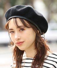 合皮パイピング付きサーモベレー帽