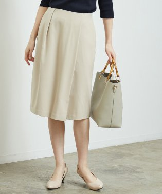 タックタイトスカート