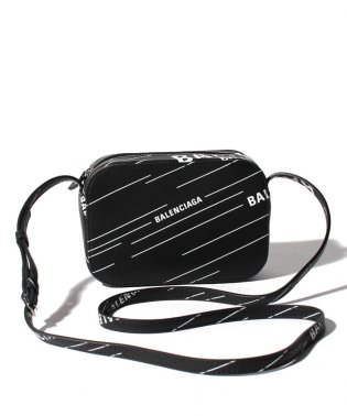 【BALENCIAGA】ショルダーバッグ/EVERYDAY CAMERA BAG XS METALLI【NERO+BLANC】
