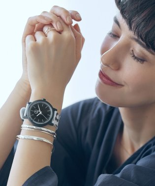[別注]Q&Q SmileSolar SC GLR W 腕時計
