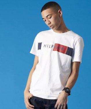 【オンライン限定カラーあり】フラッグロゴTシャツ