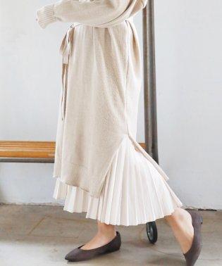 平織りポリエステルプリーツスカート