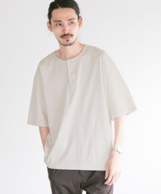 SMOOTH HENLEY OVER T-SHIRTS