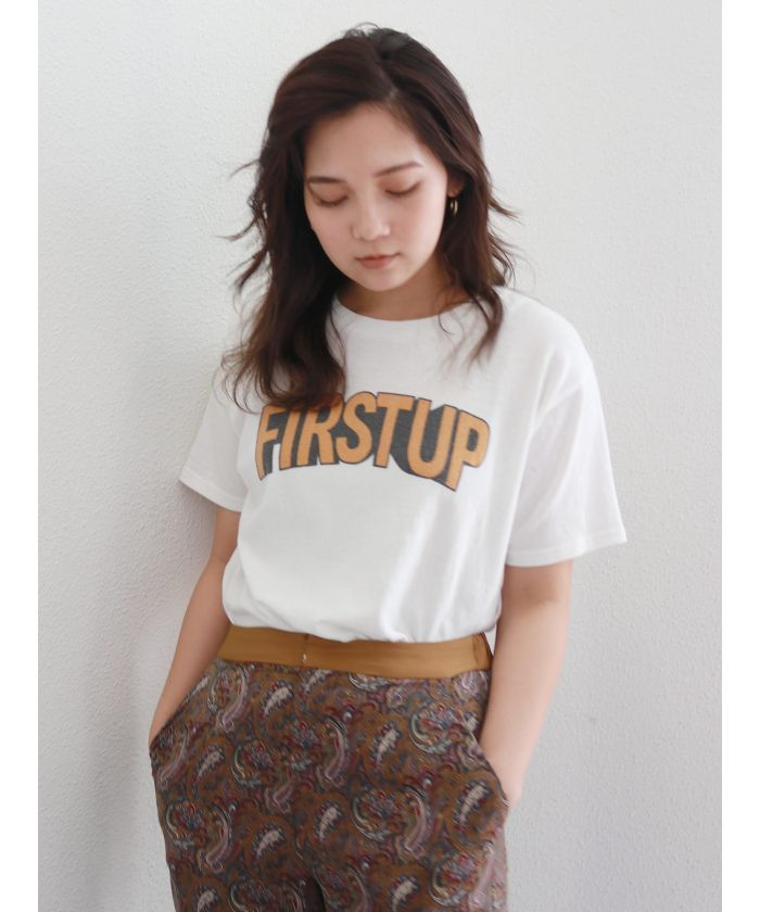 FIRSTUPプリントTee