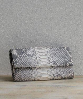 [mieno] パイソンレザーフラップ式長財布