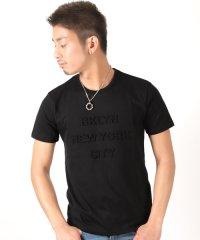 エンボス加工半袖Tシャツ