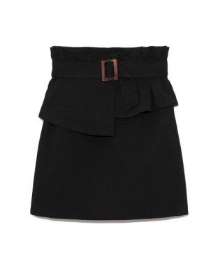 ぺプラムベルト付スカート