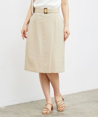 ラップ風ベルト付きスカート