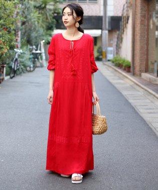 ◆大注目トレンドアイテム◆マキシ丈刺繍ワンピース