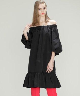 タフタミニドレス