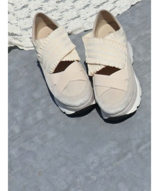 frill band sneakers