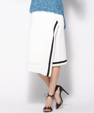 変形ラップスカート