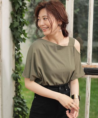 ★ONE SHOULDER CUT TOPS