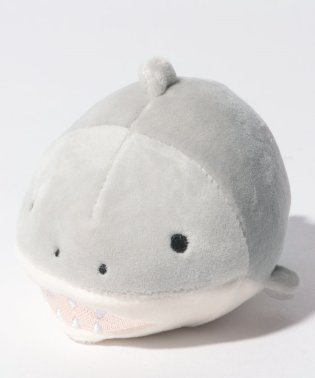 サメぬいぐるみ