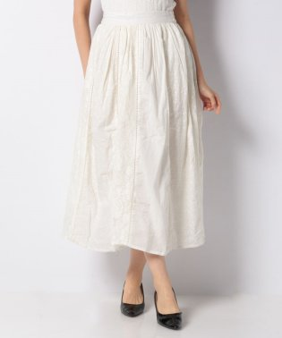 縦切り替え刺繍スカート