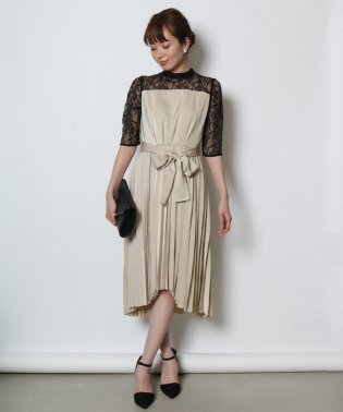 Rire Fete(リルフェテ) サテンプリーツドレス