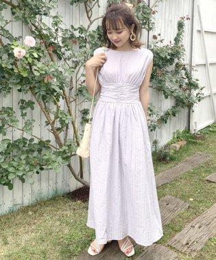 ドビーノースリギャザードレス