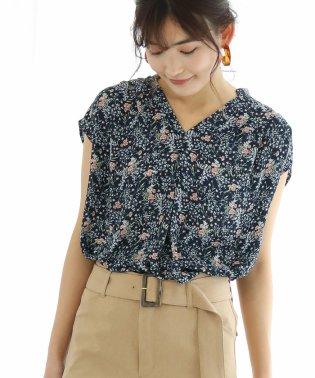 花柄プリントフレンチ袖ブラウス