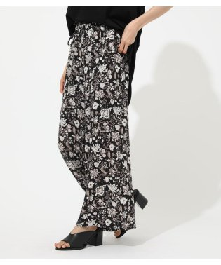 ETHNIC FLOWER WIDE PANTS