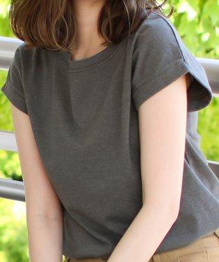 ピグメントロールアップTシャツ