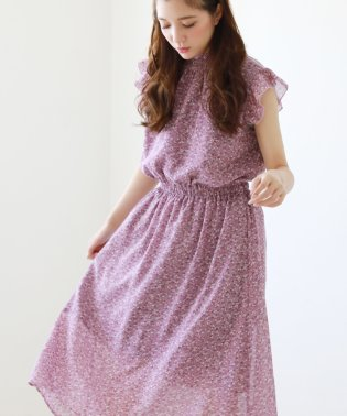 衿シャーリングフリル袖ワンピース