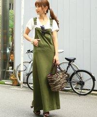 フード付で可愛さアップスタイリッシュなオーバーオールマキシ丈ジャンパースカート