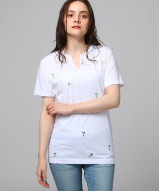 総柄プリントキーネックTシャツ