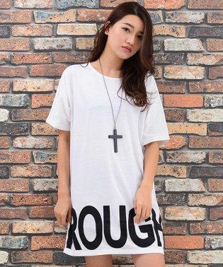 ネックレス付裾ロゴTシャツ