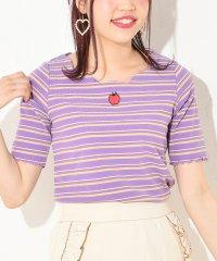 衿スカラップフルーツ刺繍Tシャツ