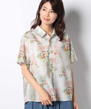 ハワイアンプリントシャツ
