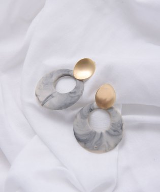 MARBLE × GOLD PIERCE & EARRING