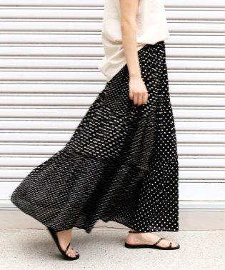 NE QUITTEZ PAS COTTON DOT ロングスカート◆