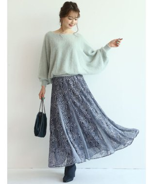 【STORY10月号掲載】レースロングスカート