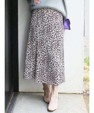レオパード柄Aラインスカート