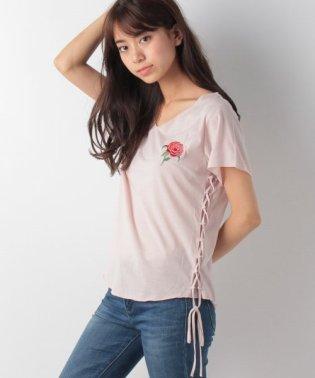 【E hyphen world gallery/イーハイフンワールドギャラリー?】・サイドレースアップ刺繍Tシャツ