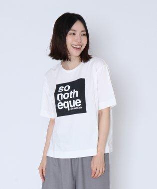 [soeur7 スール] ボックスロゴ so noth eque Tシャツ