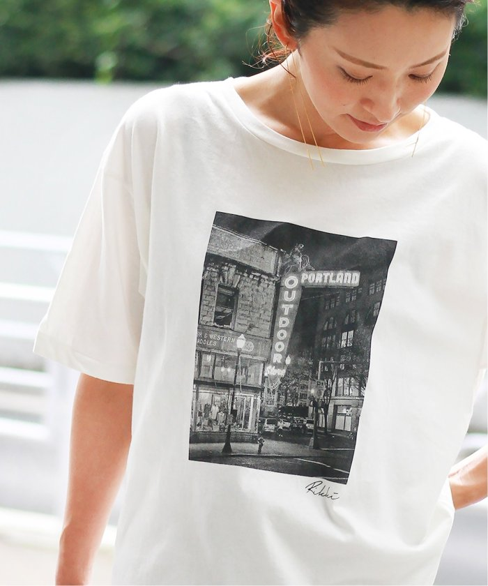【+81 BRANCA/プラスハチイチブランカ】SENSITIVITY フォトTシャツ◆