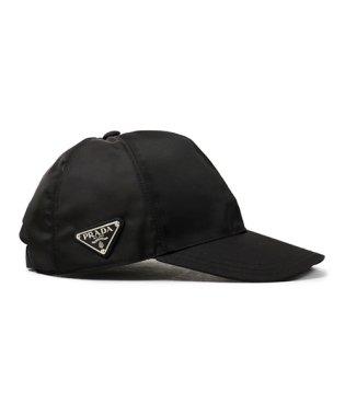 2HC274 2B15 F0002 ナイロン ベースボールキャップ 帽子 三角ロゴ金具プレート NERO ユニセックス メンズ