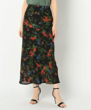 フラワープリントナローロングスカート