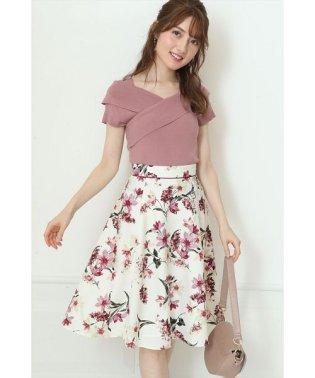 リリーフラワープリントスカート