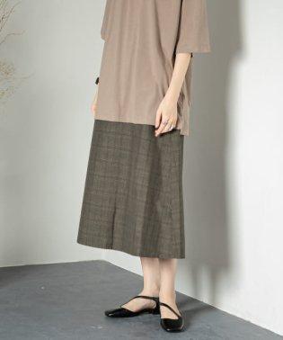 チェックセミフレアスカート