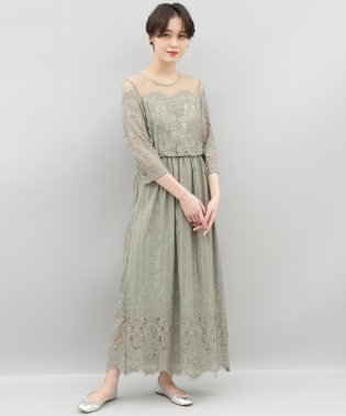 チュールパネルレースドレス