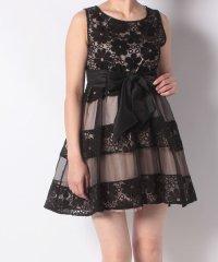 フラワーレースリボン付きドレス