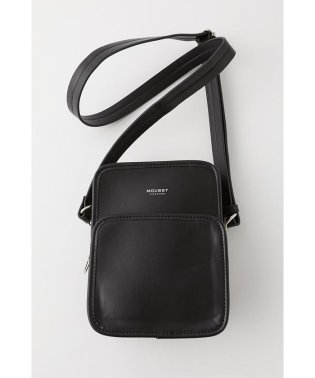 VERTICAL CROSS BODY バッグ