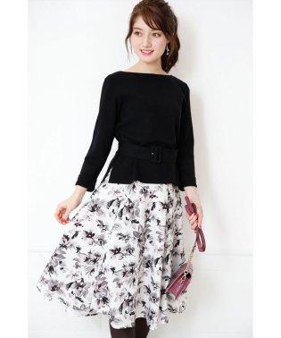 【andGIRL10月号掲載】アートタッチフラワースカート