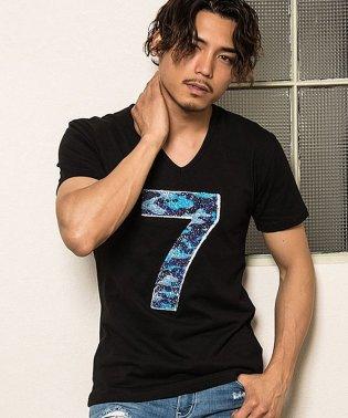 CavariA【キャバリア】スパンコール付きVネック半袖Tシャツ