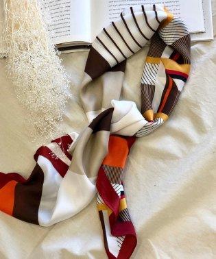 90cmデザインスカーフ