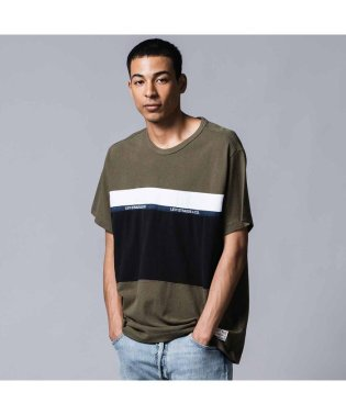 MIGHTY PIECED Tシャツ TAPE APPLIQUE OLIVE NIGHT/ BLACK/ WHITE