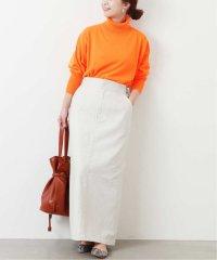 スラブバックサテンタイトスカート